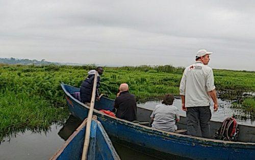 canoeing on lake bunyonyi