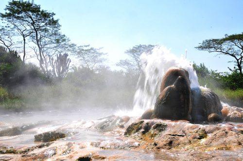 sempaya hotspringin semliki national park